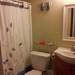 Cabana 105 Bath