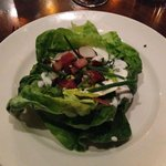 Boston lettuce salad with bacon and buttermilk chive dressing