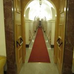 Neat hallways & decor