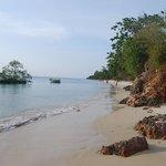 Spiaggia accessibile dai bungalow