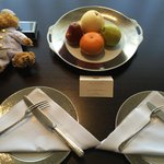 Welcome fruit platter with Pen Bear and truffles