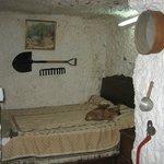 Современная пещерная квартирка