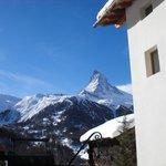 Blick aufs sonnige Matterhorn
