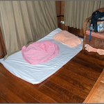 This dogmat is the extrabed for 500 baht/nigh. Cобачий коврик с полотенцем-extrabed за 500бат/но