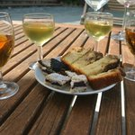 sweet wines and complimentary cakes
