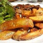 Steak frites (très dur), hors menu