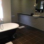 Bathroom in Cottage 29 - Marlborough