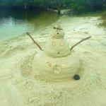 Sandwoman on the sandbar