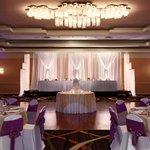 Wedding in the Astoria Ballroom at the Hilton Chicago/ Oak Lawn