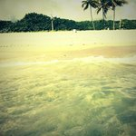 Águas cristalinas na praia no trecho de North Fort Lauderdale Boulevard, paraíso na terra!