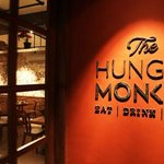 The Hungry Monkey照片