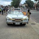 Carro texano com chifre
