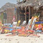 il mercatino sulla spiaggia