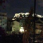 Vista de la Acropolis desde la Terraza de la Habitacion Familiar
