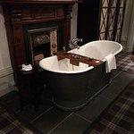 Bath in Junior Suite room 32