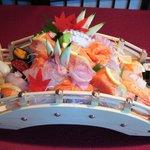 Ponte di sushi e sashimi
