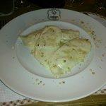 Mezzelune di grano saraceno, con fonduta di bitto e granella di frutta secca