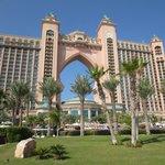 A sunny day in Atlantis!