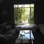 sitting room of the Oak Leaf room, facing forward