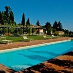 pool area La Forra