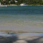 long bay, la troisième plage, hors du site lui-même, mais accessible à pied