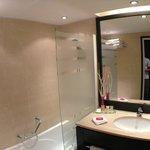 Banheiro limpissimo e confortável