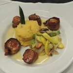 Delicious Entrees in the Creekside Restaurant