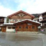 Apres Ski Bar neben Hotel