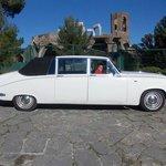 Classic car hire Barcelona-tour one hour in BCN city info@avantgardelimousine.com