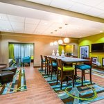Hampton Inn Huntsville - Arsenal/South Pkway Lobby
