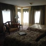 Special setting family room with two full size beds, rate based on double occupancy.