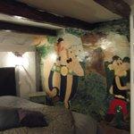 Fresque murale d'une des deux chambres