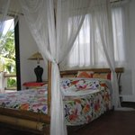 Deluxe Double with A/C - Sampaguita A