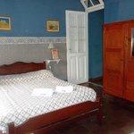 Habitación Doble, muy cálida, ideal para un descanso armónico y con todos los servicios