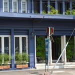 Loog Choob Homestay – the cute blue building on Loog Luang / Luk Luang Road