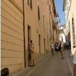 Rua bem perto da Basílica