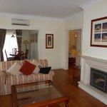 Vista Salón Suites