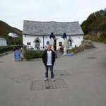 Habour Lights Café and its beautiful cottage at Boscastle