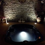 La vasca idromassaggio nella spa