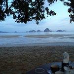 завтрак на пляже