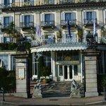 Grand Hotel Des Iles Borromees - вход