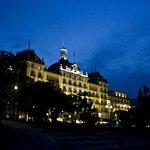 Grand Hotel Des Iles Borromees  - вечерняя подсветка