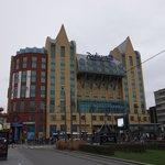 Vue extérieure de l'hôtel Radisson Blu Astrid Antwerpen.