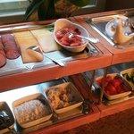 завтрак в выходные - шведский стол