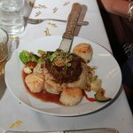 Steak, scallops and mashed pots