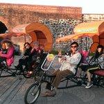 搭三輪車遊恆春古城