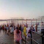 Ritual kaveri ghats-Muralitharan photo