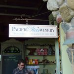 Pacific Star Winery, unpretentious good company