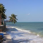 Aperçu plage et restaurant
