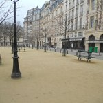 Place Dauphine: winter view